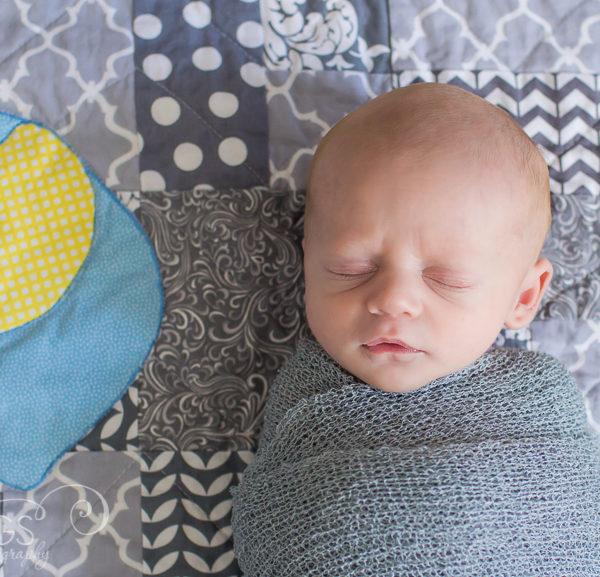 St Louis Newborn Photographer | Introducing Jaden