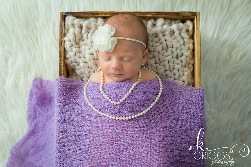St Louis Newborn Photographer - KGriggs Photography - newborn baby girl in crate