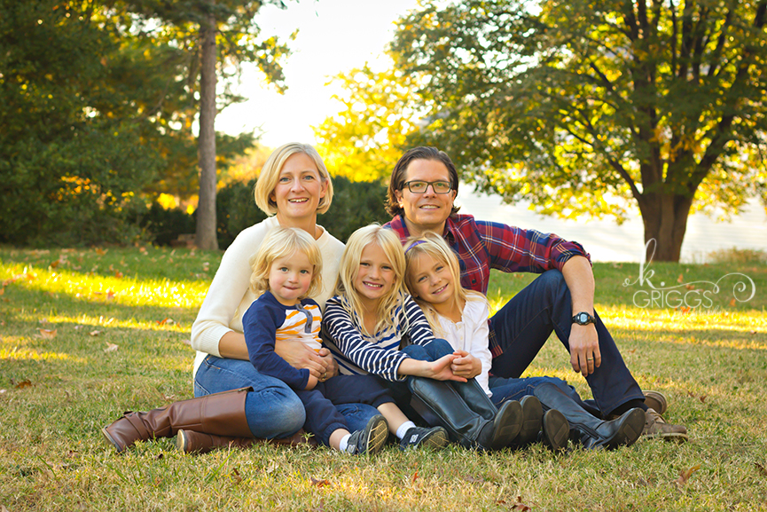 St. Louis Family Photographer - KGriggs Photography - family sitting in grass - Queeny Park, St. Louis, MO
