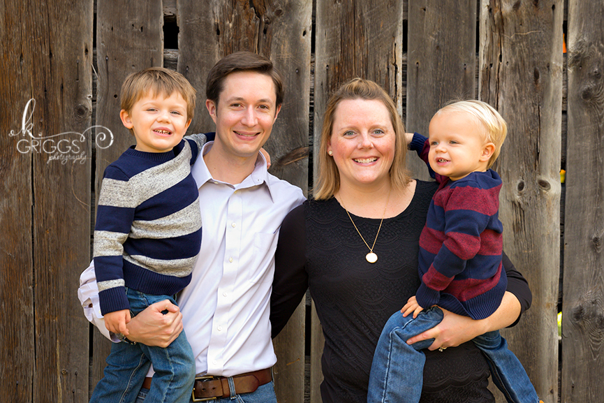 St. Louis Family Photographer - KGriggs Photography - family of four in front of barn - Faust Park, St. Louis, MO