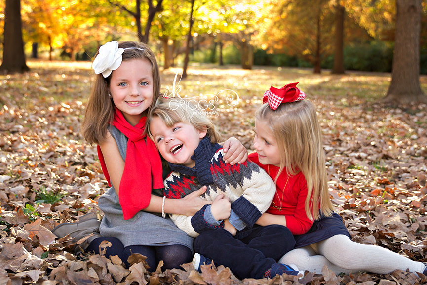 St. Louis Family Photographer - KGriggs Photography - two sisters tickling little brother - Oak Knoll Park, St. Louis, MO