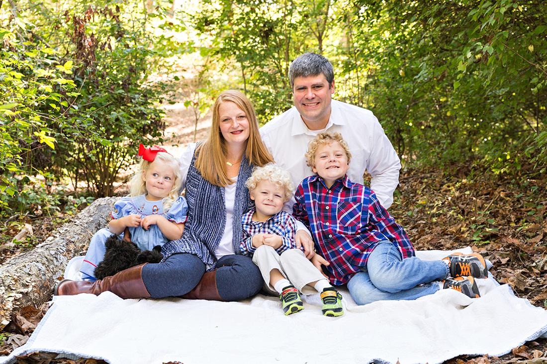 Family of 5 sitting on blanket - Longview Farm Park | St. Louis Children's Photographer