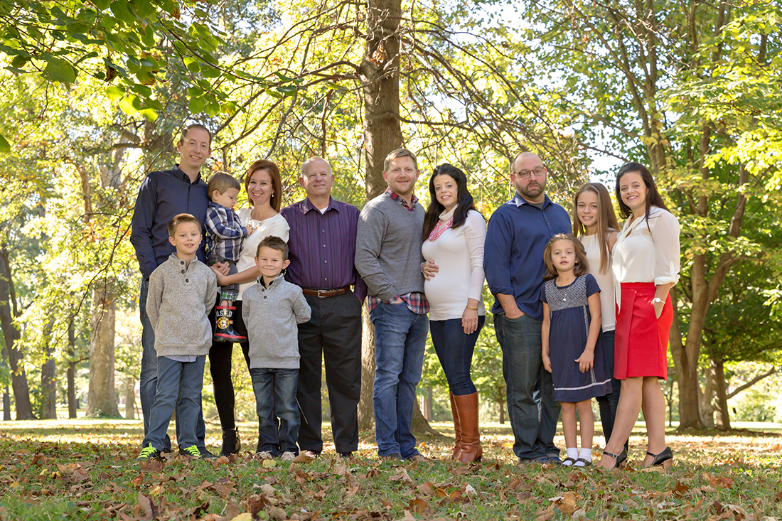 Fall extended family photo in a park {St. Louis Photographer}