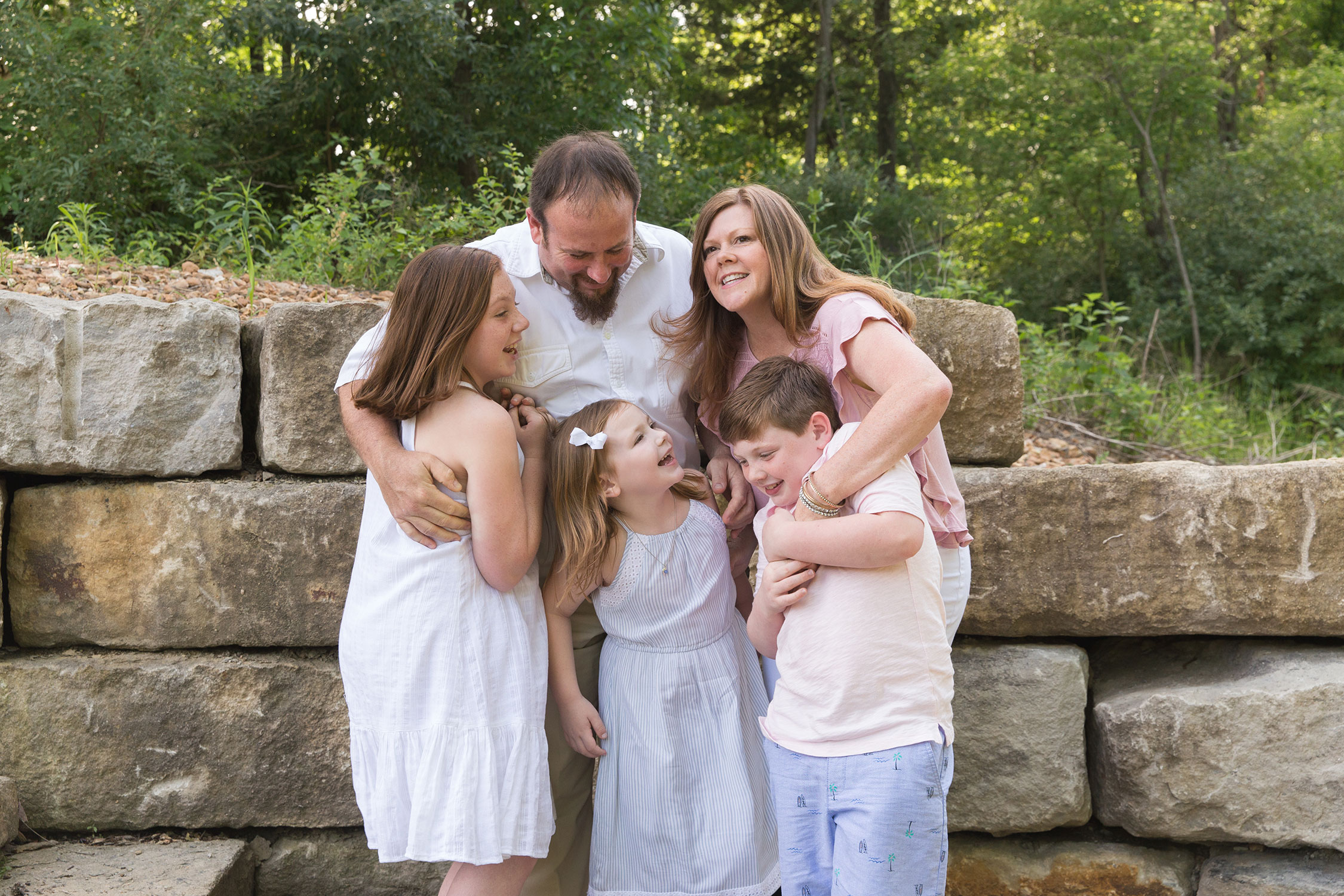 Family of 5 laughing | KGriggs Photography | St. Louis Family Photographer