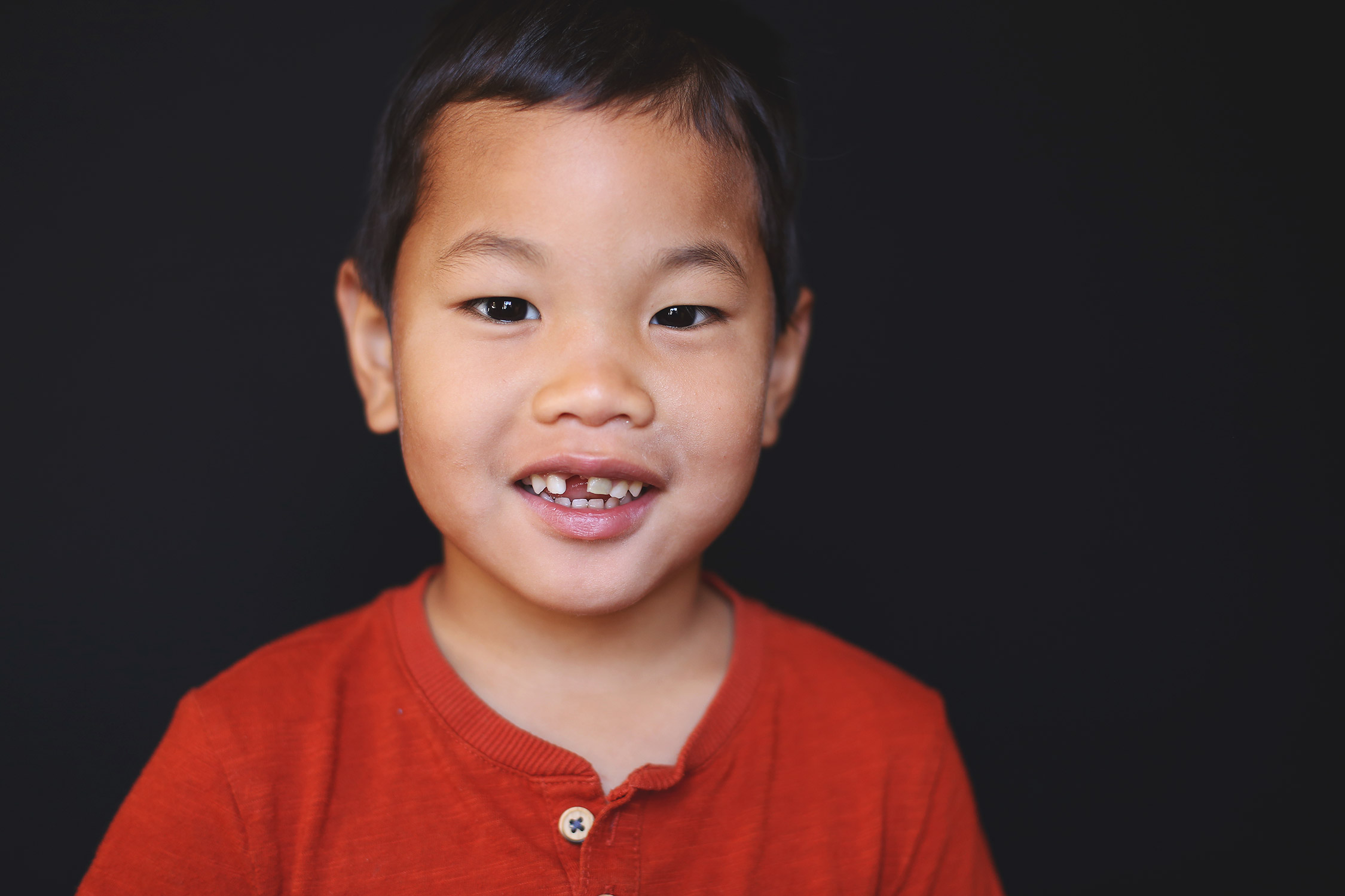Toddler boy smiling looking at camera   St. Louis School Photographer